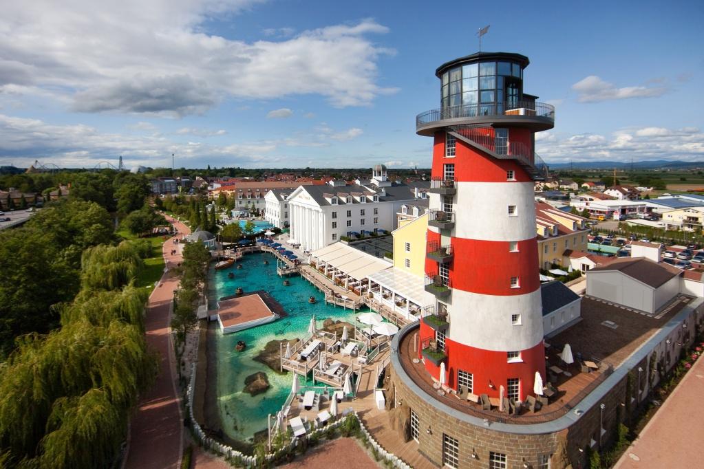 Naam:     Europa-Park-Hotel-Bell-Rock.jpg Bekeken:  1098 Groote:   313,8 KB